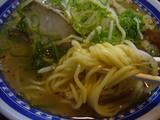 くろいわラーメン:麺