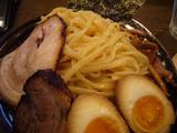 楓(23):麺と具のアップ