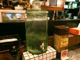 生粋:水の容器