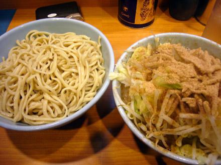 二郎(23):和風つけ麺 (小写真)