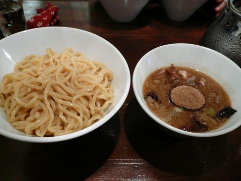 New old style ゆいが:とろ豚ほぐしつけ麺
