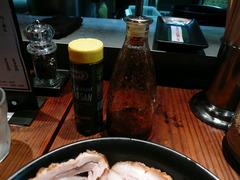 Jun-pey:辣油と粉チーズ