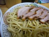 甲斐:麺とチャーシュー