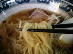 ラーメン創房 無限庵:麺
