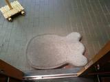 麺屋武蔵江戸きん:入口の石