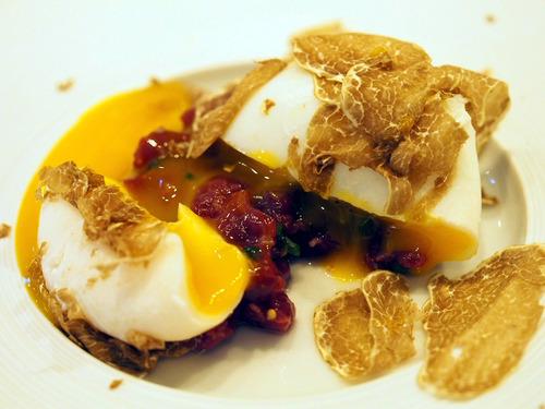 卵と白トリュフ