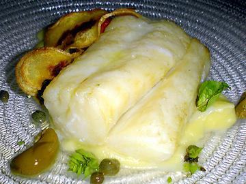 鱈のソテーナポリタンソース