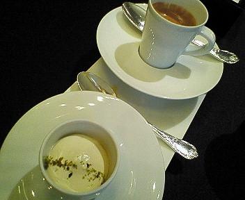 カフェのマンゴームース