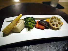 焼き胡麻豆腐と野菜の味噌漬け