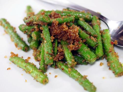 インゲンと搾菜の炒め