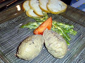 野鳩とフォアグラのムース インゲンのサラダ