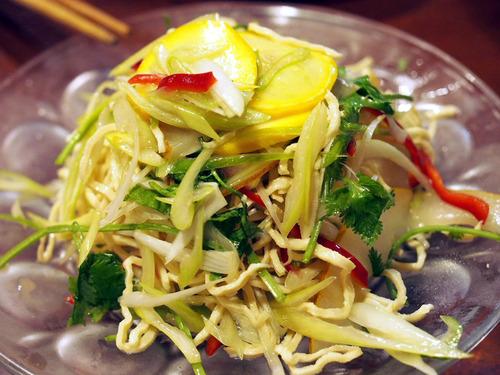 押し豆腐の冷菜