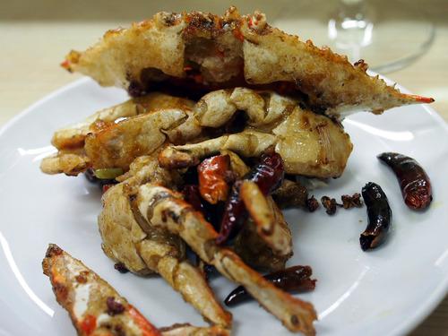 活きワタリ蟹の山椒香味揚げ