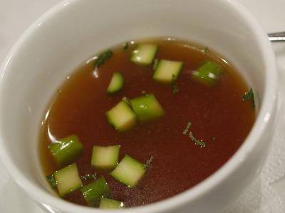 魚介のコンソメスープ