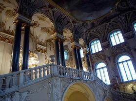大使の階段