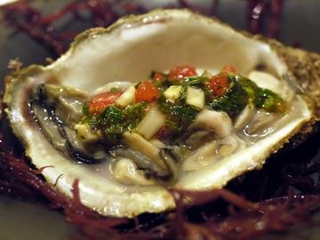 牡蠣モロヘイヤソース