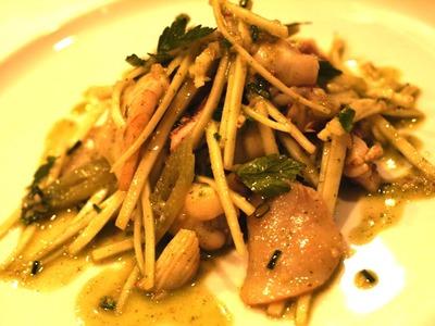 うどと山菜と魚介のコンポゼ