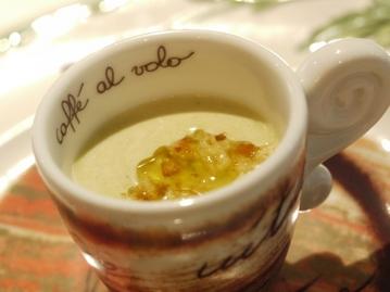 グリーンアスパラのスープ
