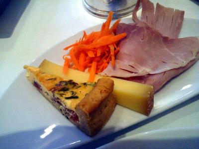 ハムとチーズ