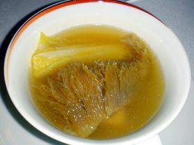 ふかひれ姿煮上湯スープ