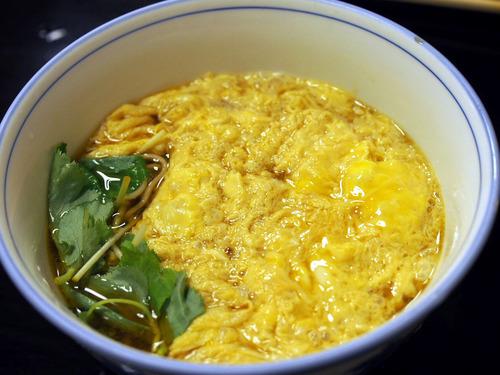 卵とじ蕎麦