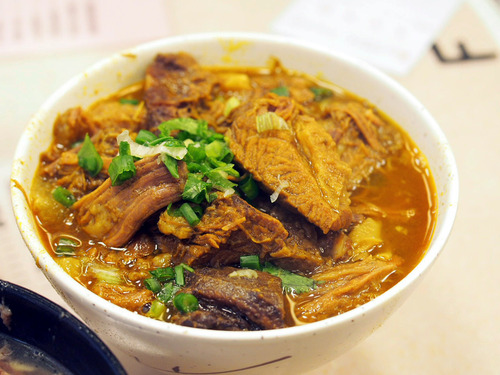 牛肉カレー麺