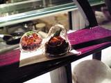 サフランとチョコレートのカプセル