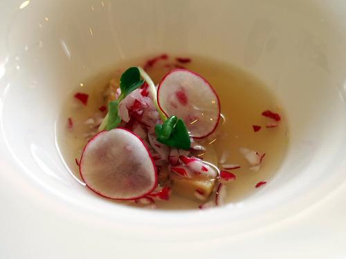 フォアグラと浅利のスープ