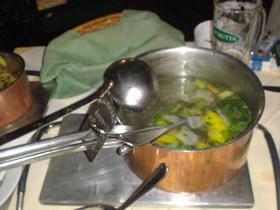 鍋がきました