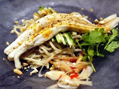 柔らか穴子の四川式冷麺
