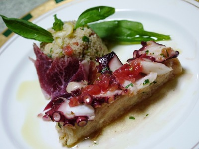 蛸の焼きカルバッチョと夏野菜のクスクスサラダ
