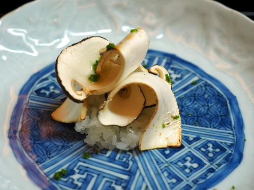 松茸の飯蒸し