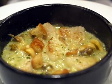 つぶ貝とホタテのエスカルゴバター焼き