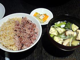 玄米と黒米