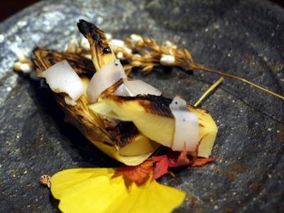 早堀りタケノコの炭火焼き ラルドのせ
