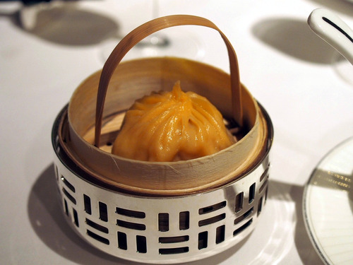 蟹味噌小龍包