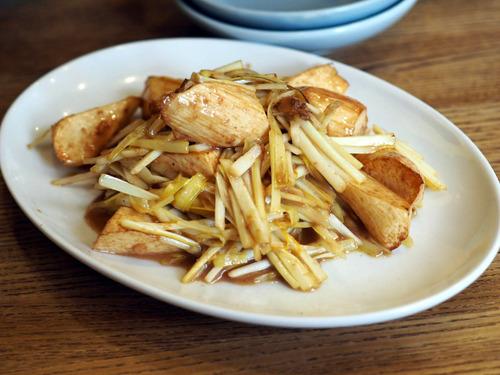 黄ニラとマコモ茸の炒め