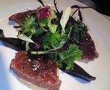 桜肉の軽い燻製と鴨のフォアグラの冷製 ビネガー風味の無花果ソース