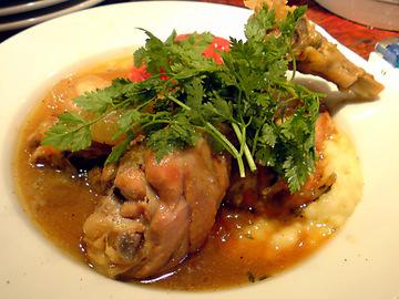 鶏肉のシャンパンビネガー煮込み