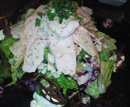 地鶏胸肉のサラダ