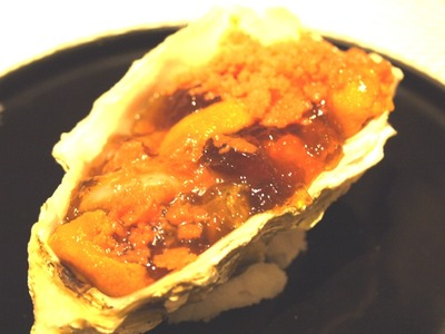 赤穂産牡蠣、雲丹、帆立と地鶏コンソメ生姜風味茄子ムース