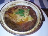 鹿肉でとったオニオングラタンスープ