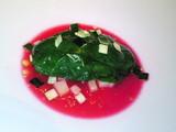 生牡蠣のパヌケ 赤ビーツのソース