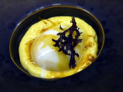 温泉卵とトウモロコシのムース