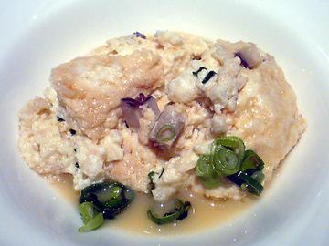 海老と椎茸の豆腐蒸し