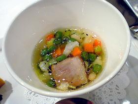 イベリコと野菜のブイヨン