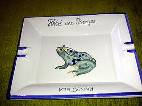 蛙のアッシュトレイ