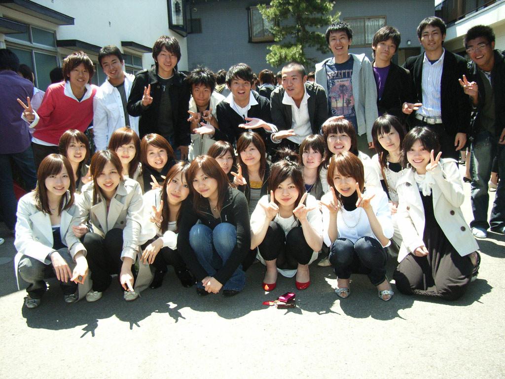 学生集合パンチラ ... 2007121303 ...