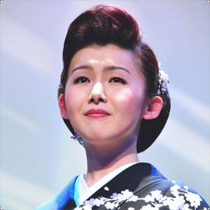 小桜舞子(こざくら まいこ) 演歌歌手