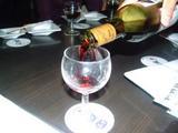 071027バスツアー打ち上げ�注がれるワイン